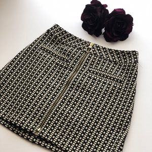 Express Black and White Zip Front Skirt